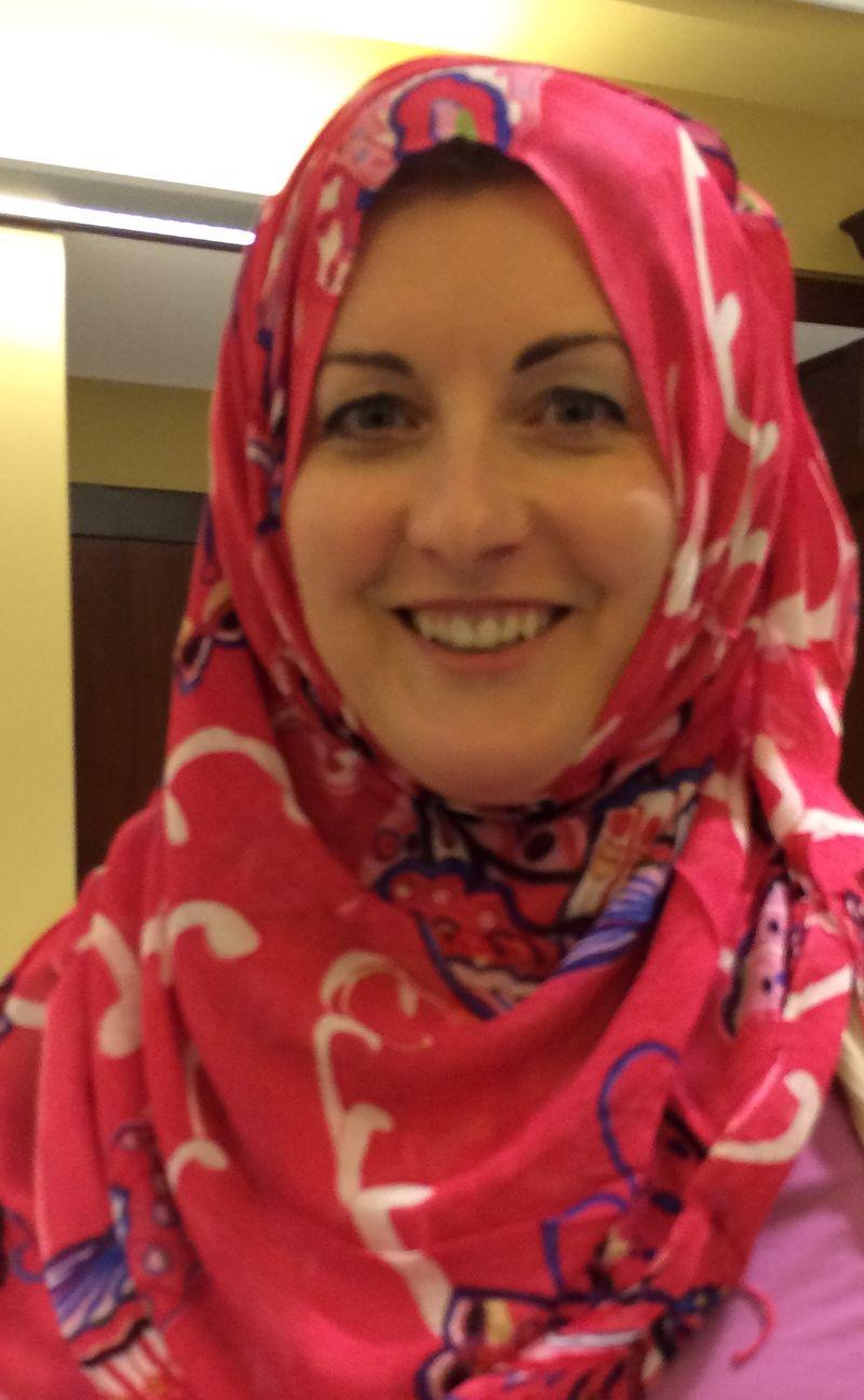 Maddie hijab